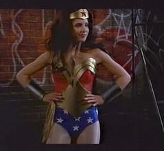 """SMG la nueva """"Wonder Woman"""" según E! On Line 81423314_9bb5526c99_m"""