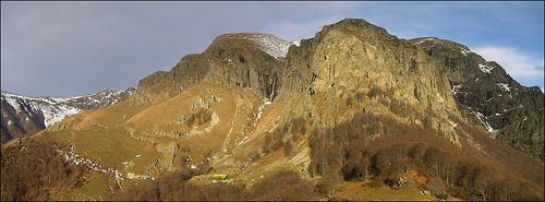 """Hut """"Raj"""" , Stara Planina"""