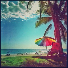 REST AND RELAXATION (elineart) Tags: sea summer sky beach umbrella relax sand florida rest relaxation odc beachumbrella elineart hipstamatic