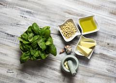 Para el pesto (Ivannia E) Tags: pesto albahaca foodphotography food healthtyfood basil green alimentos stilllife