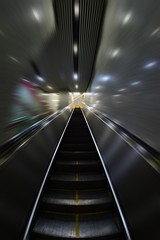 Shanghai - Fast Escalator (cnmark) Tags: china shanghai changning district subway metro station tunnel escalator long 中国 上海 长宁区 地铁 11号线 交通大学站 movement action motion blur ©allrightsreserved motionblur bewegungsunschärfe
