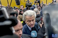 Kick off election campaign PVV in Spijkenisse: an impression (Erwin van Maanen.) Tags: geertwilders pvv spijkenisse nissewaard nederland politiek freedomparty markt market politie kroonenvanmaanen erwinvanmaanen nikond800 verkiezingen elections