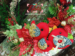 Guirlanda Rústica Natalina (Atelier Efatá) Tags: red bird natal glitter gold glow handmade pássaro felt wreath guirlanda feltro decoração crhistmas cipó atelierefata
