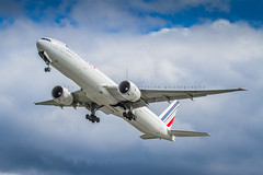 Air France B777-300 (360 Photography) Tags: plane airplane montreal aviation boeing departure takeoff 777 dorval avion airfrance cdg yul 2015 b777 020615 fgzni mathieupouliot af345
