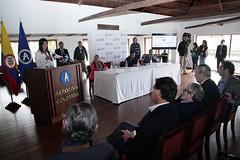 260615  firma contrato modernización aeropuerto de  Guaymaral-fp (8) (mintransporteco) Tags: de gustavo natalia director aeropuerto transporte ministra guaymaral vives abello lenis aerocivil vicepresidentegermánvargaslleras