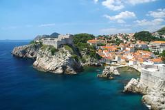 Dubrovnik (Croatie) (PierreG_09) Tags: mer architecture croatia hr fortification dubrovnik ville muraille croatie hrvatska adriatique rempart dalmatie tourdesremparts