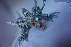 Vatal and Prowler, Guardians of the Lakes (JakTheMad) Tags: lake teeth le strata beast bionicle claws guardian magna prowler vatal protodermis