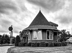 2015-08-09 Witches Hat Train Station 009 (RayDennisPhotography) Tags: architecture trainstation witcheshat southlyon 1locations specifictags