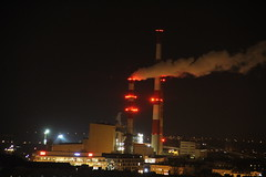 """EC Wrocław"" heating plant complex  by night  , Wrocław 08.12.2016 (szogun000) Tags: wrocław poland polska city cityscape buildings architecture industrial industry heatingplant elektrociepłownia ecwrocław complex smokestacks overview panorama urban night nightshot lights dolnośląskie dolnyśląsk lowersilesia canon canoneos550d canonefs18135mmf3556is"