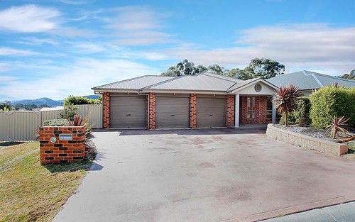 4 Munjowee Circle, Lithgow NSW 2790