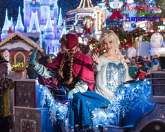 Elsa from Frozen (Scottwdw) Tags: queen elsa d750 nikon carriage niftyfifty waltdisneyworld vacation waving florida mickeysverymerrychristmasparty anna characters travel mvmcp wave nikon50mmf18 night magickingdom orlando princess frozen unitedstatesofamerica 840 outdoors