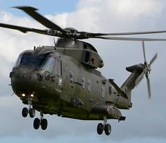 Royal Navy AgustaWestland Merlin HC.3 ZJ135 Close Up (Mark 1991) Tags: rnasyeovilton yeovilton vl rnas yeo royalnavy agustawestland west westland merlin zj135 hc3