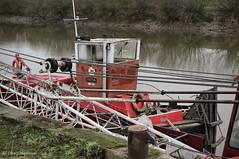 Exeter. (roddersdad) Tags: 2017 alanoliverworkboats canonpowershotg1xmkll exeter hood outdoor rivertrent workingboats barge cliveg1hkfeclipsecouk copyrightclivejmaclennan cranebarge httpswwwflickrcomphotosroddersdad trentside tug workboats