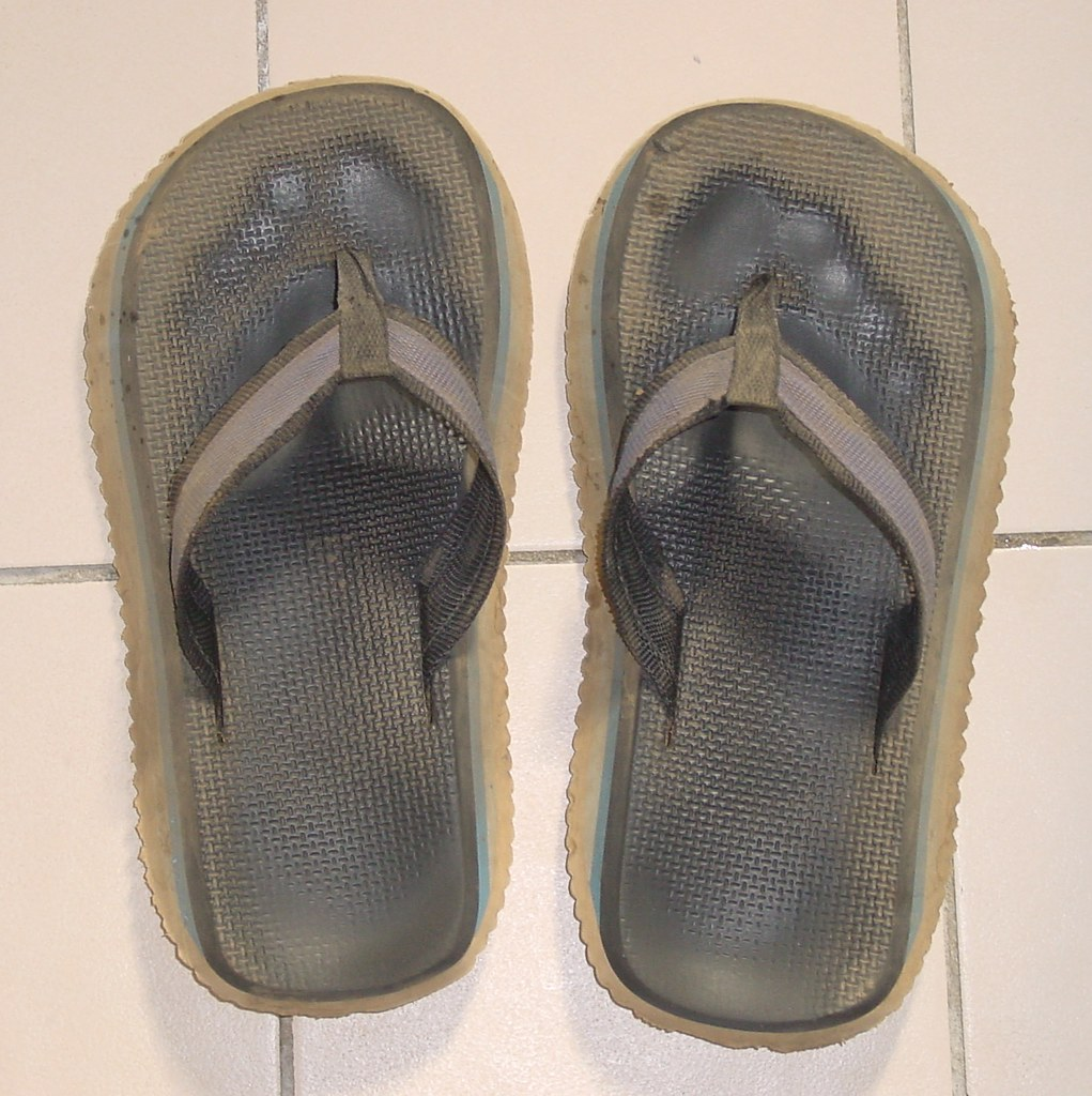 07d3e7a356cc ... overalls aussiethongs flipflops workclothes. My dirty old Surfer Joes  thongs (Double Pluggers) Tags  surferjoes thongs surferjoe aussiethongs