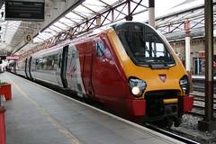 Virgin 221101 @ Crewe (uksean13) Tags: station train canon cheshire diesel transport rail railway virgin crewe dmu ef28135mmf3556isusm 400d 221101