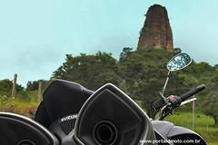 No reino das guas calmas (portaldmoto) Tags: bike honda naked barcos chuva scooter trail balsa moto viagem suzuki represa custom alpinismo motocross turismo viagens transalp bikers trilhas ferryboat aventura motocicleta hqs triciclo trikes motociclista capacetes quadrinhos parques motociclismo motoqueiro paranapanema motoca jurumirim marcosduarte bking mototurismo motoneta ilhadosol motoaventura torredepedra mqs mototrail viagemdemoto transalp700 bigtrail motoviagem historiasemquadrinhos represadejurumirim portaldenotcias notciasdemoto dmoto portaldmoto turismodemoto motojornalismo revistadmoto mototurismoemquadrinhos