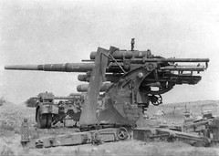 "88mm gun Wehrmacht position in Lybia • <a style=""font-size:0.8em;"" href=""http://www.flickr.com/photos/81723459@N04/19442210380/"" target=""_blank"">View on Flickr</a>"