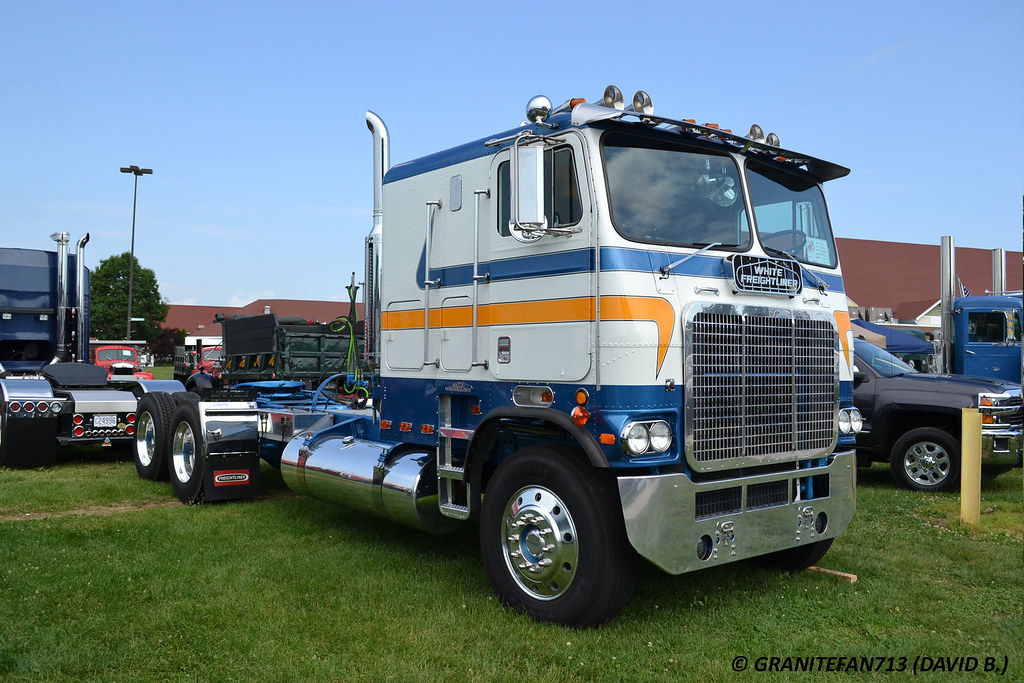 T680 also 142907 moreover 1975 International Cabover Conco Transtar 4100 additionally Motorhome Conversion furthermore Apparatus. on international semi tractor trailer