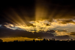 Late in the Afternoon (Peter Leigh50) Tags: late afternoon sun sinking cloud rays