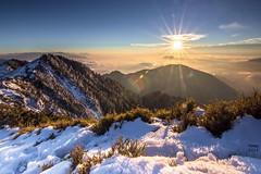 合歡山 冬雪豔陽 (啊痛) Tags: taiwan tokina1116f28 canon clouds landscape landscapes 600d 台灣 合歡山 合歡山主峰 夕陽 冬季 雪景 合歡山雪景 霸王寒流