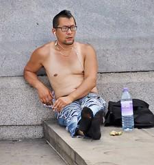 Virtual Vest (jaykay72) Tags: street uk london candid streetphotography trafalgarsquare londonist stphotographia