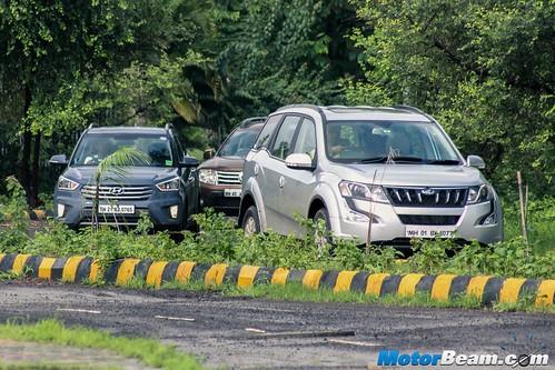 Renault-Duster-vs-Hyundai-Creta-vs-Mahindra-XUV500-07