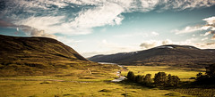 Drumochter Pass (Daisy Swain) Tags: nature river landscape scotland highlands scenery glen hills loch garry glengarry a9 lochgarry drumochter drumochterpass canon6d layby77