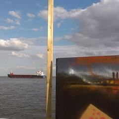 IMAG1585 (Lonny Pop) Tags: graffiti spraypaint hull trawler humberriver humberstreet xens lonnypop humberstreetsesh hullfestival xensogram hullgraffitit