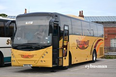 Yelloway Oldham BO55YEL. (EYBusman) Tags: road park bus manchester volvo coach yorkshire lancashire east independent oldham greater coaches courtesy bridlington jonckheere mistral chadderton yelloway b12b hilderthorpe eybusman bo55yel