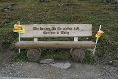 Bench along the path between First and Bachalpsee (LeoAgneau) Tags: bachalpsee berneseoberland first bench memorial