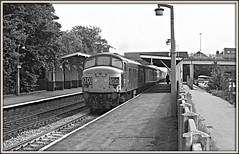 Doing the splits (david.hayes77) Tags: beeston nottingham nottinghamshire mml midlandmainline ilford fp4 ng9 peak class451 1976 mono bw blackandwhite splits 45140 sulzer