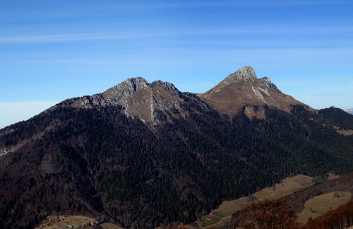 Rochers de la Bade et le Mont Colombier