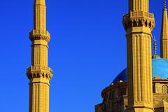 Outside Al-Omari Grand Mosque (davidvankeulen) Tags: republieklibanon républiquelibanaise middleeast middenoosten afrikaeurazië lebanon libanon liban alomarigrandmosque alomari grandmosque mosque moskee moschee stad city stadt ville downtown davidvankeulen davidvankeulennl davidcvankeulen urbandc europe
