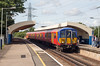 Malden Manor (DH73.) Tags: malden manor southern railway chisarc james scott robb south west trains class 455 5915 canon eos 700d