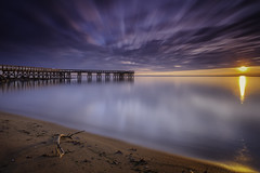 good morning Mr. Sun (dK.i photography) Tags: downspark pasadena maryland chesapeakebay sunrise dawn newyearsday firstlight firstsunrise 2017 landscape waterscape longexposure chilly horizon pier water beach clouds outdoors sunflare neutraldensity sliderssunday singhraydarylbensonrgnd leefilters bigstopper
