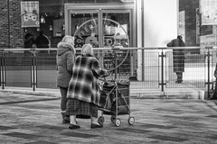 Coffee or Shopping ?? ( Explored 08/01/17 ) (Rob Jennings2) Tags: bracknell coffee coffeerepublic shopping town shops