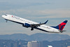 Delta Air Lines Boeing 737-900ER N817DN (jbp274) Tags: lax klax airport airplanes delta dl boeing 737