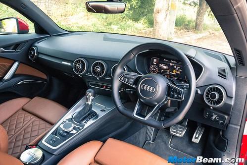 2015-Audi-TT-13
