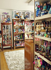newly organized dolly room,hope you will like ^-^ (girl enchanted) Tags: toys samba dolls disney collection simba mattel collectibles treasures toyroom dollroom dollyroom
