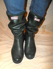 Hunter Tour (Lisban2009) Tags: wellies rubberboots gummistiefel hunters creased