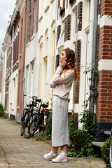 Knit and kicks / Fashion is a party (Fashionisaparty) Tags: arnhem kicks knitwear pencilskirt nikesneakers otherstories kokerrok wingedeyeliner haarkrullen fashionblogger zomeroutfit fashionisapartyoutfits knitandkicks nikeairforce1hipremium