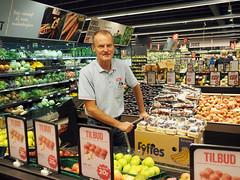 borup8 (flemming.ladefoged) Tags: frugt og grønt vegetables supermarket denmark