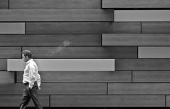 (p.bieniek) Tags: nikon nyc new york city roadtrip usa empire state manhattan america united states am different urban d7000 einfarbig minimalismus abstrakt skyline night landmarks preservation commission outdoor nyclpc architektur gebäude hafenviertel wasser building stadt nacht street art people menschen
