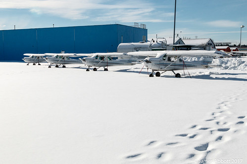 Snowy Langley Airport 2017-02-07 001-LR