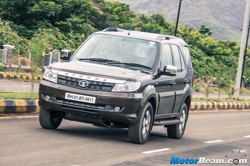 2015-Tata-Safari-Storme-Facelift-12