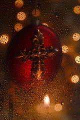 Christmas Sparkle (Caroline.32) Tags: christmas ornament water waterdrops candle wax flame burning flickrfriday sparkling bokeh nikond3200 50mm18