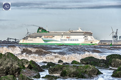 She will scrub up well. (alundisleyimages@gmail.com) Tags: ulysses irishferries rivermersey liverpool newbrighton wirral wallasey wallaseybeach sea weather rocks tide shipping carferry portsandharbours merseyside northwestengland uk
