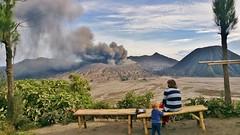 IMG_4010 20160712_153343 (JoStof) Tags: indonesia java bromo volcano eruption ash smoke seaofsand tengger caldera jawatimur indonesië idn