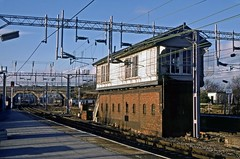 Lichfield Trent Valley, February 1988 (David Rostance) Tags: lichfield trentvalley signalbox lnwr