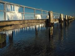 Sign of winter (Ostseeleuchte) Tags: signofwinter wintertime winterzeit winter eiszapfen alteseebrücke jetty balticsea ostsee travemünde icicle sunshine bluewater sonnenschein wasser bluesky germany
